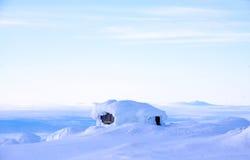 Schwede Winterhouse mit einer Ansicht Stockfotos