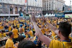 Schwedische Fußballfane auf Euro 2012 Stockbilder