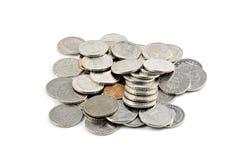 Schwedische Münzen getrennt auf Weiß Stockfotografie