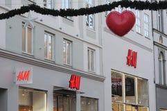 SCHWEDISCHER SPEICHER DER KETTEN-H&M AUF STROEGET Stockfoto