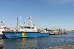 Schwedisches Küstenwache-Überwachungsschiff KBV313 machte Oxelösund fest lizenzfreie stockfotos