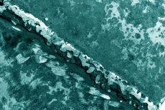 Schweißen auf rostigem Metall im cyan-blauen Ton lizenzfreies stockbild