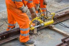 Schweißen Sie Trimmer für Abbau des Extrametalls vom Schienenkopf Stockfoto