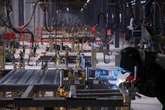 Schweißensbediener auf Fabrik lizenzfreies stockbild
