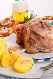 Schweinshaxe - wieprzowina knykieć na Bawarskim Obraz Royalty Free