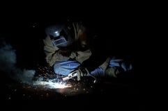 Schweissen in der Dunkelheit Stockfotos