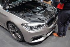 Schweiz; Genève; Mars 8, 2018; Berline för BMW serie 5 framdel w Royaltyfri Foto