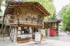 Schweiz themed område - Europa parkerar i rost, Tyskland Royaltyfria Foton