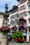Schweiz zurich, muenzplatz Arkivbilder