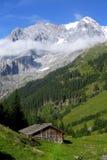Schweizer Chalet Stockfotos