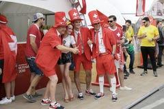 Schweizer Fußballfane in Rostov-On-Don, Russland lizenzfreies stockbild