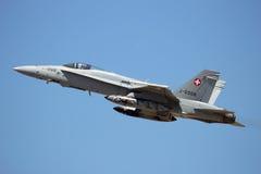 Schweizer Luftwaffe F-18 Hornisse stockbilder