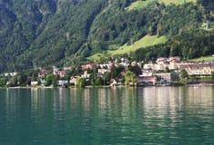 Schweizer Seeansicht stockbild