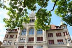 Schweizisk historisk byggnad Fotografering för Bildbyråer