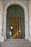Schweizisk vakt av basilikan för St Peter ` s, Vatican City royaltyfri fotografi