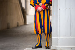 Schweizisk vakt i Vaticanen Royaltyfria Bilder