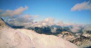 schweiziska alps Nära Interlaken Royaltyfri Bild