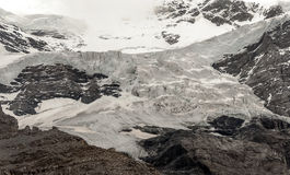 schweiziska alpsberg Arkivfoto