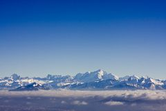 schweiziska alpsberg Royaltyfri Bild