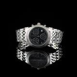 Schweiziska klockor på svart bakgrund Royaltyfri Foto