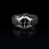 Schweiziska klockor på svart bakgrund Produktfotografi Royaltyfri Bild