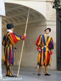 Schweiziska vakter i Vatican City, Rome, Italien Royaltyfri Fotografi