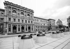 Schweiziskt federalt institut av teknologibyggnad i Zurich arkivfoton