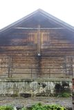Schweiziskt wood hus royaltyfri fotografi
