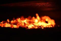 Schwelende Kohlen Stockbild