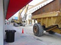Schwere Ausrüstung innen in die Stadt Lizenzfreies Stockfoto