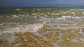 Schwere Wellenabbrüche Stockbild