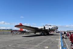 Schwerer Bomber B-17G Fliegender Festung stockbild