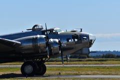 Schwerer Bomber B-17G Fliegender Festung lizenzfreie stockfotografie