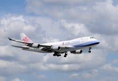 Schwerer Ladungstrahl der China-Fluglinien stockbilder