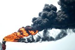Schwerer Rauch von industriellem Stockbild