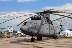 Schwerer Transporthubschrauber Mi-26 an der internationalen Luftfahrt stockfotografie
