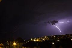 Schwermütiger Himmel mit Blitz Saltdean, Brighton Lizenzfreie Stockfotografie