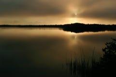 Schwermütiger Sonnenaufgang Lizenzfreie Stockbilder