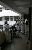 Schwestern der Missionare von Nächstenliebe von Mutter Teresa an der Masse in der Kapelle des Mutter-Hauses, Kolkata Stockfotografie