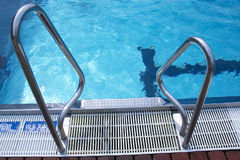 Schwimmbad Lizenzfreie Stockfotografie