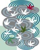 Schwimmen auf das Blatt des weißen Ahorns Lizenzfreie Stockfotos