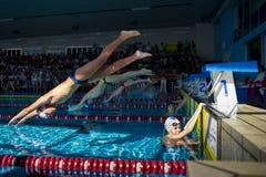 Schwimmen-Rennen Stockfoto