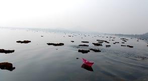 Schwimmen zum Himmel Lizenzfreies Stockfoto