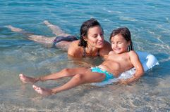 Schwimmenlektion Lizenzfreies Stockfoto