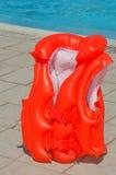Schwimmenweste der Kinder stockbild