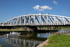 Schwingbrücke Lizenzfreie Stockfotos