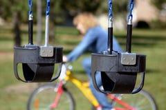 Schwingen an einem Park Lizenzfreies Stockfoto