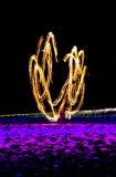 Schwingenfeuershow Stockfotos