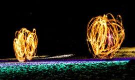 Schwingenfeuershow Stockfotografie