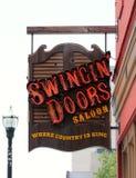 Schwingtür-Saal-Stange und Resturant, im Stadtzentrum gelegenes Nashville Tennessee Stockfoto